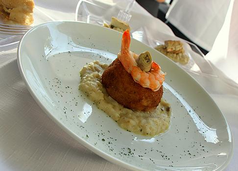 Porpetone de alcachofra recheado de camarão com mascarpone. Por Ailton Piovan. São Roque.