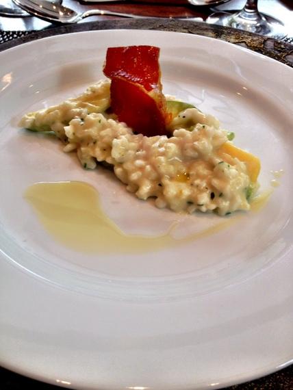 Risotto de Abobrinha com Crisp de Parma. Foto Senhora Mesa. Todos os direitos reservados.