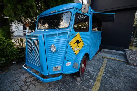 Uniland, importadora de Cerveja, lança 1° Beer Truck do Brasil