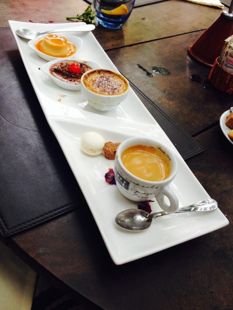 Trio com pudim, café, crème brûlée e mousse de chocolate. Foto Senhora Mesa.