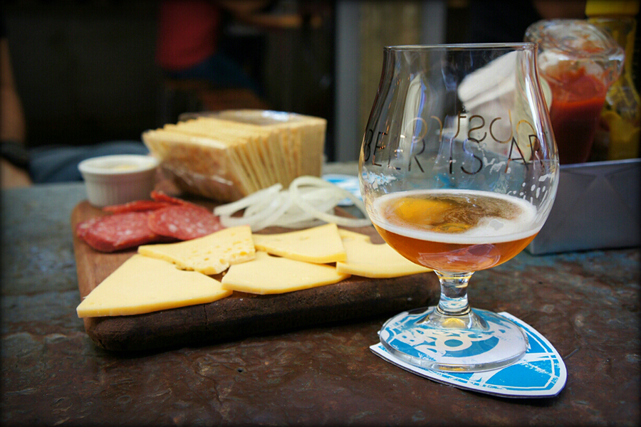 sampa-beer-tour-brewdog-bar-senhora-mesa