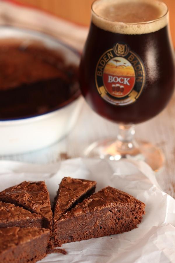 Bolo de Chocolate com cerveja bock