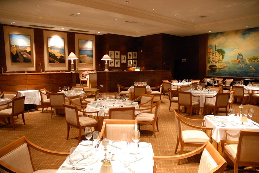 hotel-conrad-punta-del-este-senhora-mesa