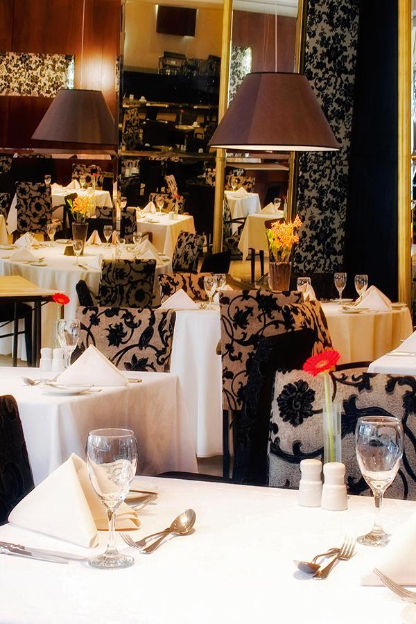restaurante-melia-jd-europa-senhora-mesa