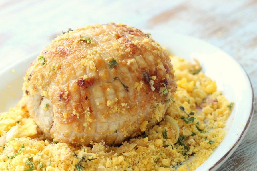 Peru de Natal! Fácil e prático de fazer. Com crosta de mostarda e farofa! Foto Senhora Mesa, todos os direitos reservados.