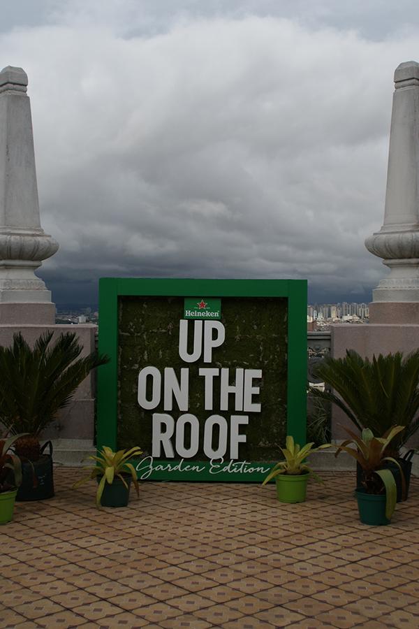 up-on-the-roof-heineken-senhora-mesa
