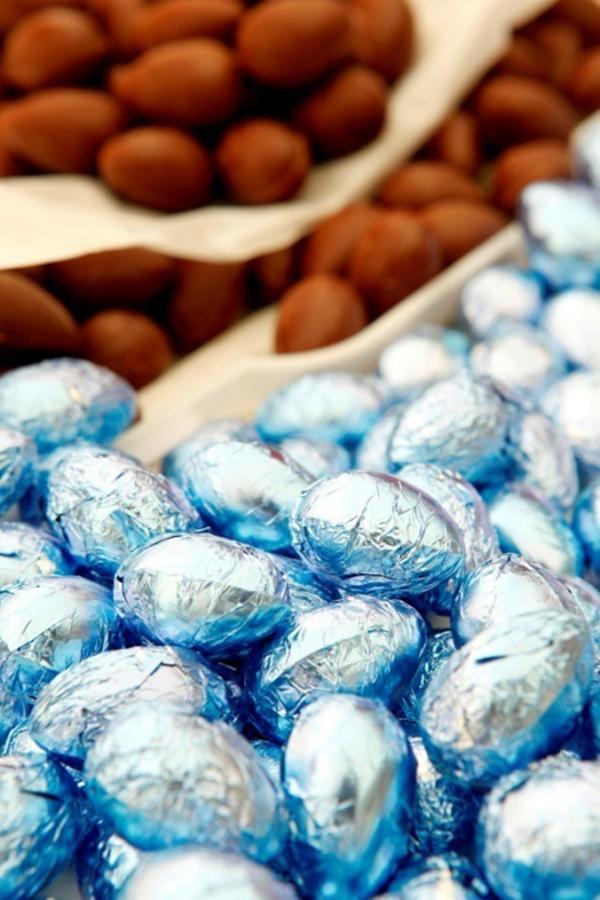 pascoa-tchocolath-senhora-mesa