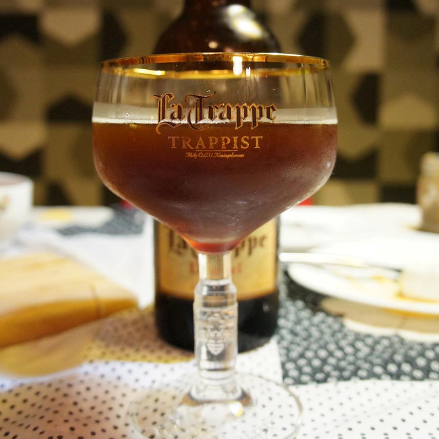 cerveja-e-chocolate-5-la-trappe-senhora-mesa