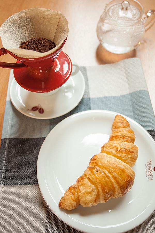 malabarista-cafe-senhora-mesa