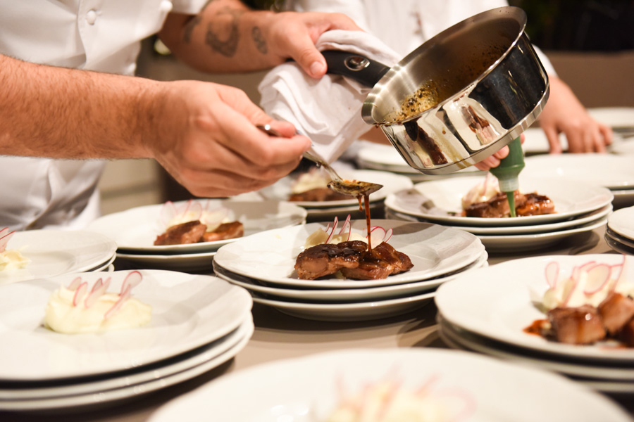 galleria-gourmet3-senhora-mesa