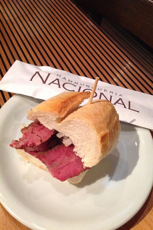 pastrami2-hamburgueria-nacional-senhora-mesa