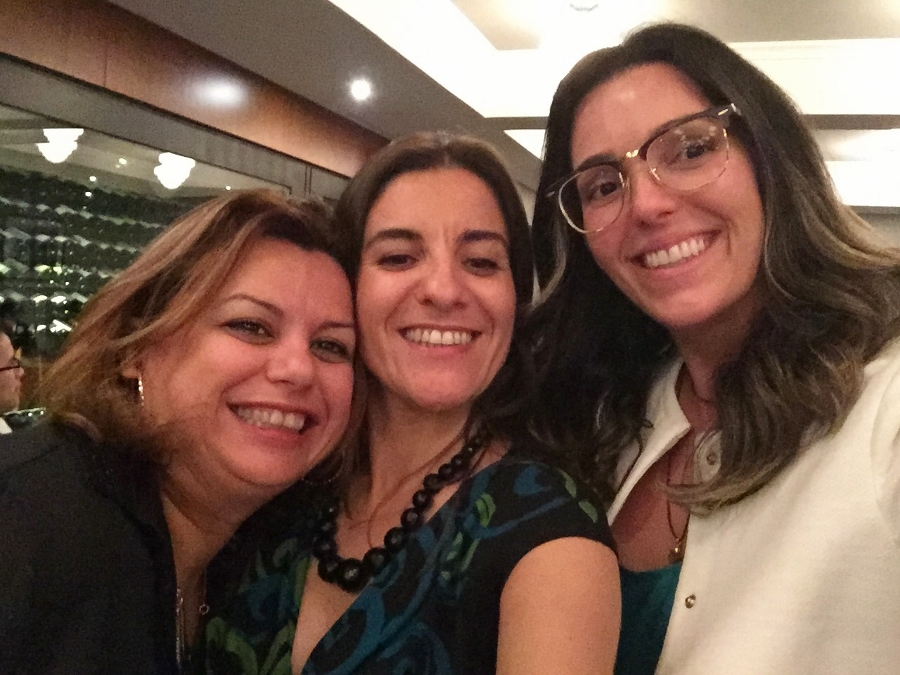 Com as fofas Helena Manosso, que participou do 1° Masterchef e a Patrícia Pe Lopes, que é chef e tem uma empresa de consultoria para restaurantes, a Frapê Gastronomia