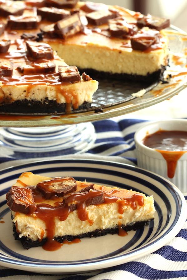 Cheesecake de Oreo com Snikers e Caramelo