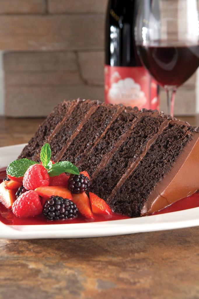 P.F. Chang´s Great Wall: seis andares de bolo de chocolate macio e não muito doce.