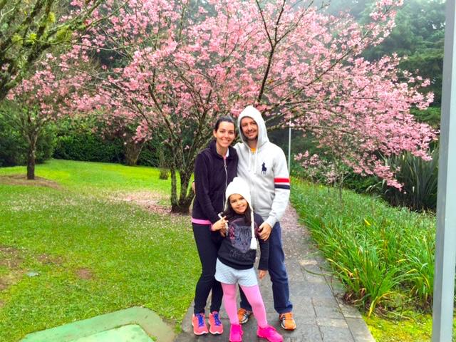 Lindas as cerejeiras do jardim do Grande Hotel. Lindas mesmo.