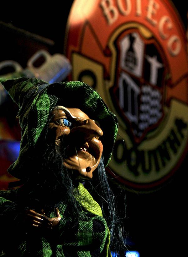 Boteco Carioquinha R.J comemora Halloween com muito terror