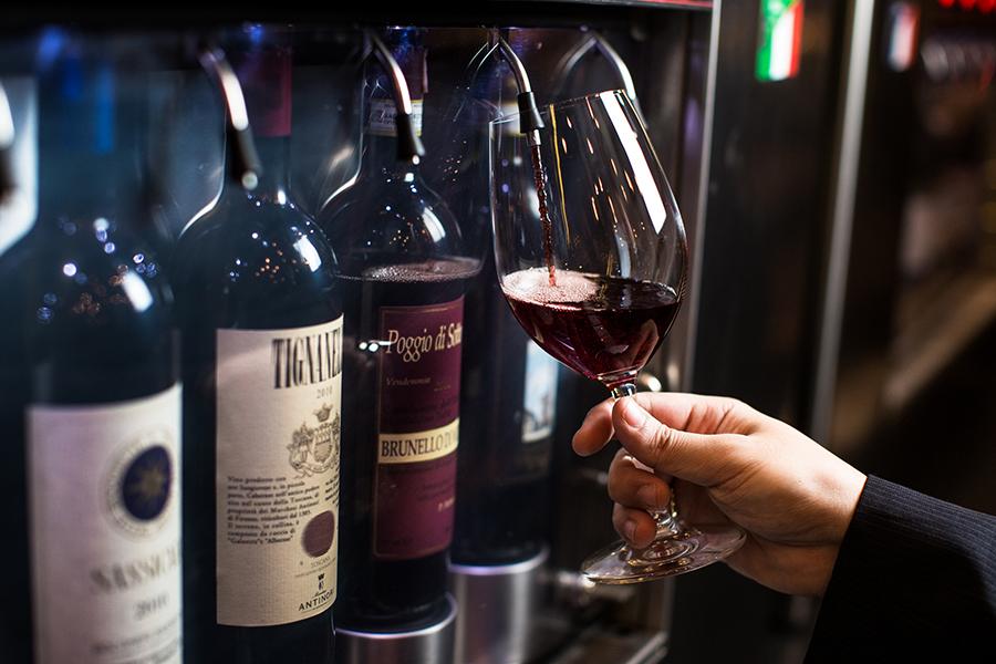 Bardega realiza jantar harmonizado com vinhos da Borgonha em SP