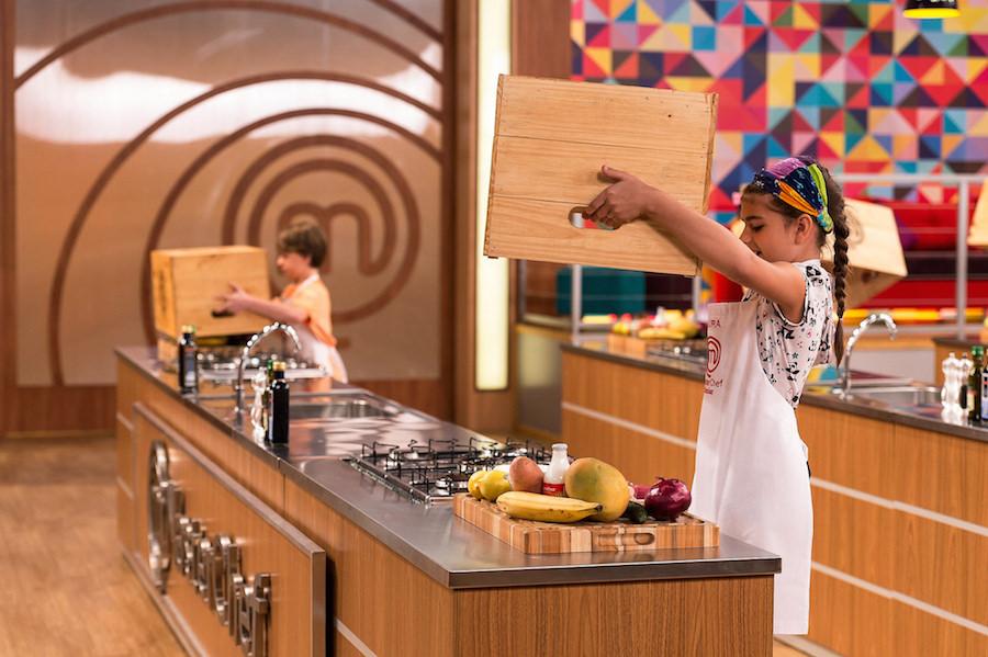 Nesta Terça cozinheiros do MasterChef Júnior Encaram 1º Desafio da Caixa Misteriosa