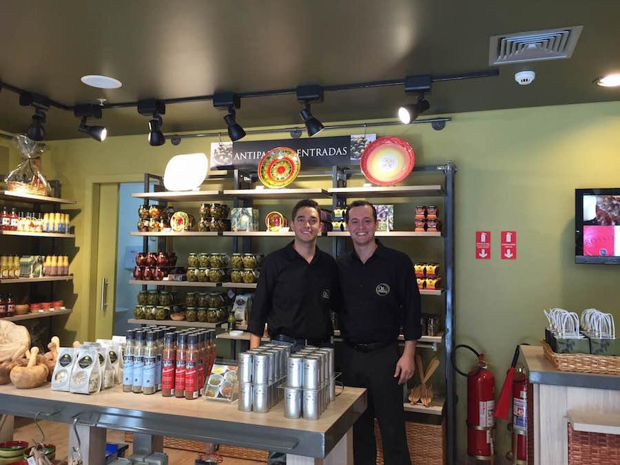 Empório Oil & Vinegar Muda o rumo de dois Amigos Farmacêuticos em Campinas