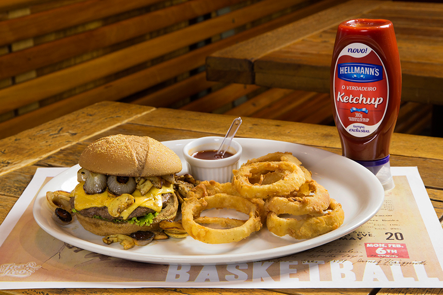 sp-burger-fest-joe-leos-senhora-mesa