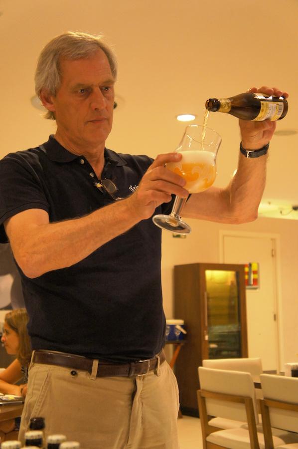 Jack Van Antewerpen da cervejaria Bosteels e sua Tripel Karmeliet