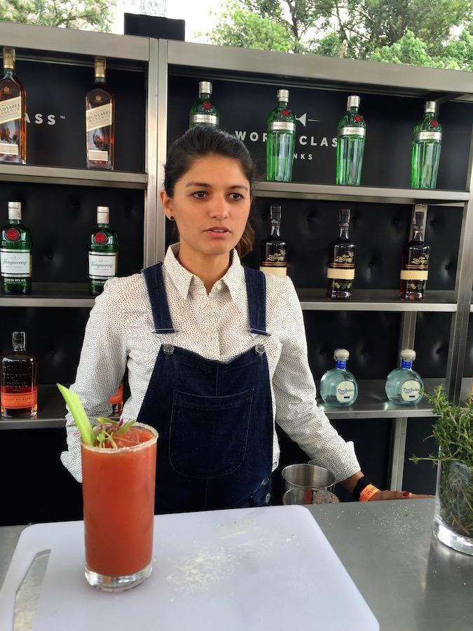 Adriana Pino é finalista do World Class 2016 e promoveu aula no segundo dia de Taste of São Paulo.